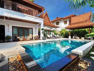 Private 4 Bedroom Villa in Tropical Garden in Laem Set