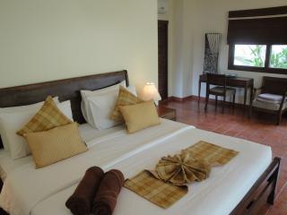 Relaxing in Peaceful 3 Bedroom Villa in Choeng Mon