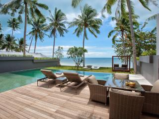 Stunning 3 Bedroom Beach front villa in Leam Noi, Bang Por, Koh Samui