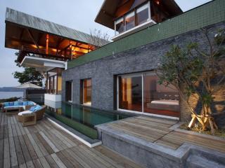 Stunning Luxury 5 Bedroom Ocean Front Villas in Surin