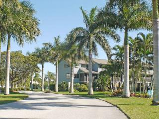 A waterfront gem at Blue Crab Key on Pine Island