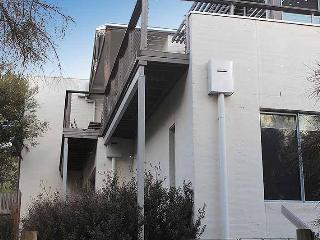 Summer House, Geelong