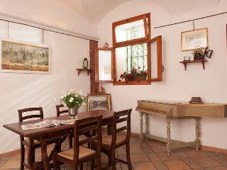 Casa  Vacanze  nel più antico quartiere di Roma