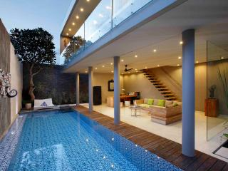 2BDR Modern Luxury 1 min Walk Echo Beach, Canggu