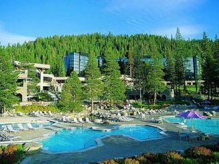 Beautiful Resort at Squaw Creek, Olympic Valley
