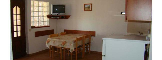 A1-Marin(4): dining room