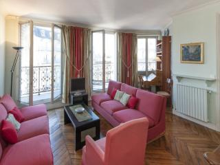Two bedrooms Balcony 2 bath  Paris Luxembourg district (372)