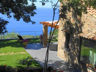 'Le roverelle' villa ten minutes from the beach