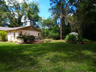 Tampa Cottage - Alexa / Pets / Beaches / Busch Gardens