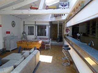 Loft à Biarritz, unique, ancien bar, 8 personnes