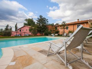 Fattoria I Ciliegi 1 bed Apartment (Pool & Tennis), Reggello
