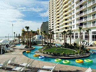 Wyndham Oceanwalk Florida beach