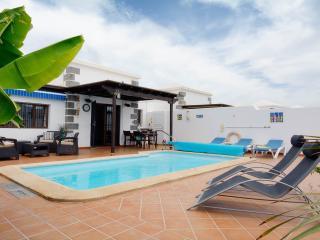 Villa Sereno. Parque Del Rey. Playa Blanca.