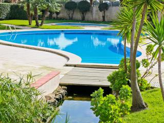Gandarinha apartment with pool and garden -Cascais