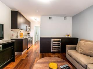 Beautiful 1 Bedroom Etruria Apartment, Miami Beach