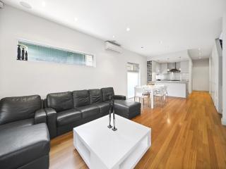 Stunning 3 bedroom Home, Rose Bay