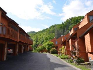 Quiet Retreat, Gatlinburg