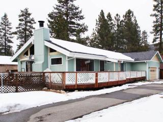 Andrews Alpine Abode ~ RA65259, Big Bear City