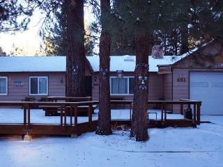 Crestwood Pines, Big Bear Lake