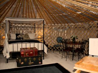 Luxurious Yurt overlooking the Sea/Harbour, Emsworth