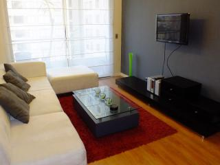LIMA MIRAFLORES 3BED WITH BALCONY, Lima