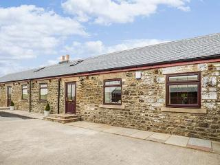 FERN COTTAGE, luxury barn conversion, single-storey, multi-fuel stove, WiFi, child-friendly, Butterknowle, Ref. 920251