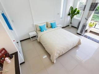 Retreat Home Hoian Homestay- Calming Suite 1 room