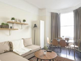Ongar Road apartment in Hammersmith with WiFi.