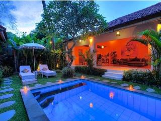 3BR Villa Inside Seminyak Area, Awesome, Canggu