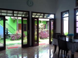 Nibenia Homestay Yogyakarta, Kasihan