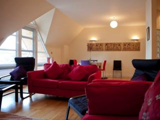 2 Bed Penthouse in Central Ipswich, with parking