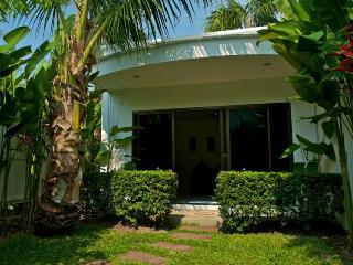 One bedroom plunge pool villa, Nai Harn