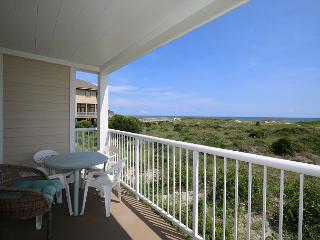 Wrightsville Dunes 1D-H Oceanfront condo with community pool, tennis, beach