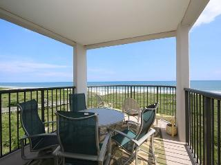 DR 1411 - Wonderfully decorated fourth floor oceanfront condo with easy beach, Wrightsville Beach