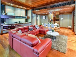 Yacht Club Villa 28, Hamilton Island