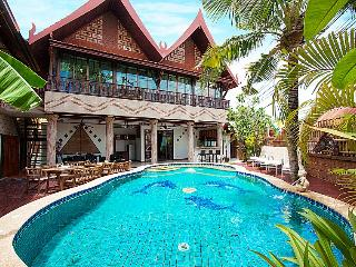 Bali Bali Villa 11-Beds, Pattaya