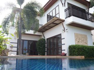 Tropicana Villa con piscina 3 camere da letto