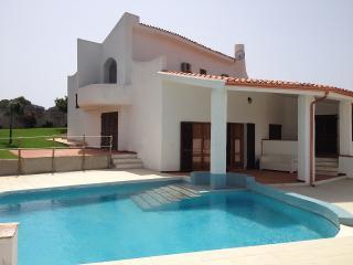 Villa Francine - Spiaggia Maladroxia, Sant'Antioco, Isola di Sant Antioco