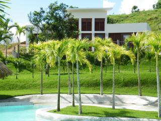 Villa Almendra, Río San Juan