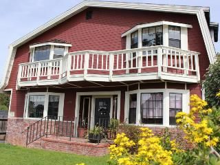 Ocean's Breeze on Bay  Spacious 4bed/3bath + game room., Morro Bay