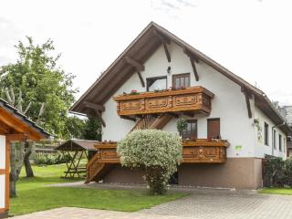 Vacation Apartment in Drognitz - 861 sqft, quiet, comfortable, bright (# 4849), Saalfeld