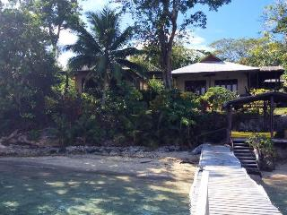 Vanuatu Waterfront Self Contained Unit - Santo