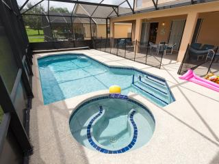 Lovely 8 Bedroom Private Pool/Spa Villa Near Disney, Kissimmee