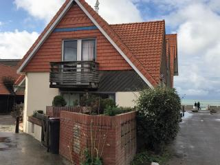House 30meters from the north sea (Wissant)