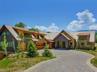 5 Bedroom Architectural Masterpiece Of Modern Luxury In Lake Creek District, Beaver Creek