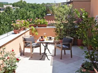 Delicious flat with terrace in Rome