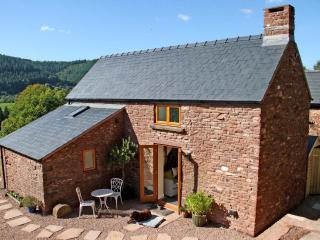 Nuthatch Cottage is a Cosy retreat overlooking the Flaxley Valley Forest of Dean, Mitcheldean