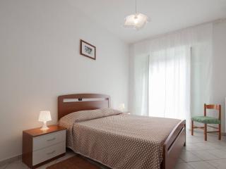Ampio, luminoso, tranquillo appartamento Dogliani