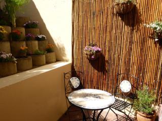 Prima Apartment free WIFI,Camps Bay, Cape Town