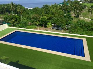 Our new swimming pool. It is always this clean. Maintained daily. The owners live on site